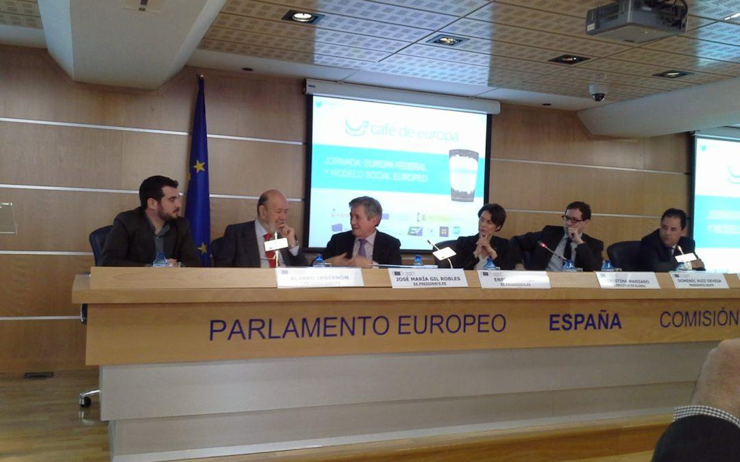 Hablando de Federalismo en   #cafedeEuropa