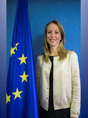 Los jóvenes deben seguir las convocatorias europeas que se publican